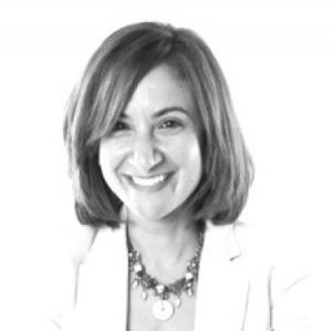 Dina El-Shenoufy